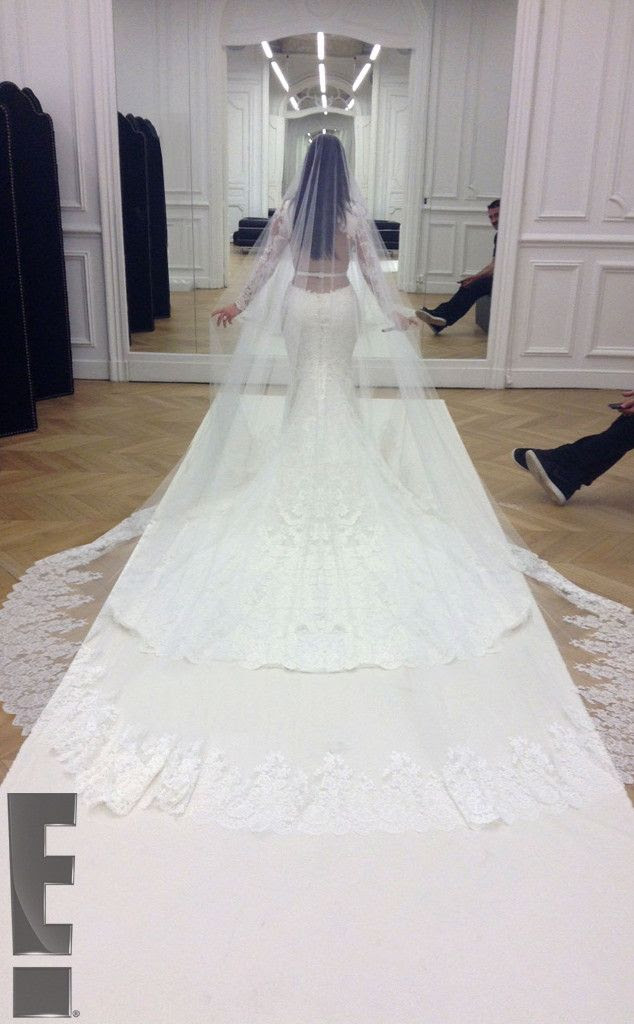 Kim & Kanye Wedding photo rs_634x1024-140526214957-634kim-kardashian-kanye-west-weddingls52614.jpg