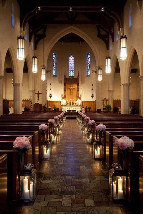How to Decorate a Church for Your Wedding   Wedding