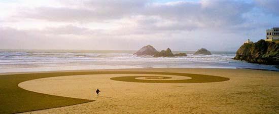Εξωπραγματική τέχνη σε παραλίες από τον Jim Denevan (14)