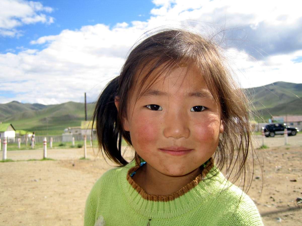 Современные девушки Монголии