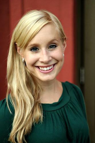 Melissa Headshot
