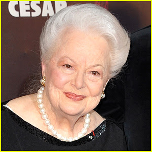 Olivia de Havilland Sues Ryan Murphy & FX Over 'Feud' Portrayal