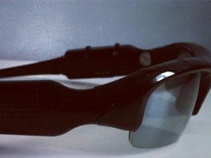 Óculos usado na espionagem (Foto: Divulgação/Sinpol)