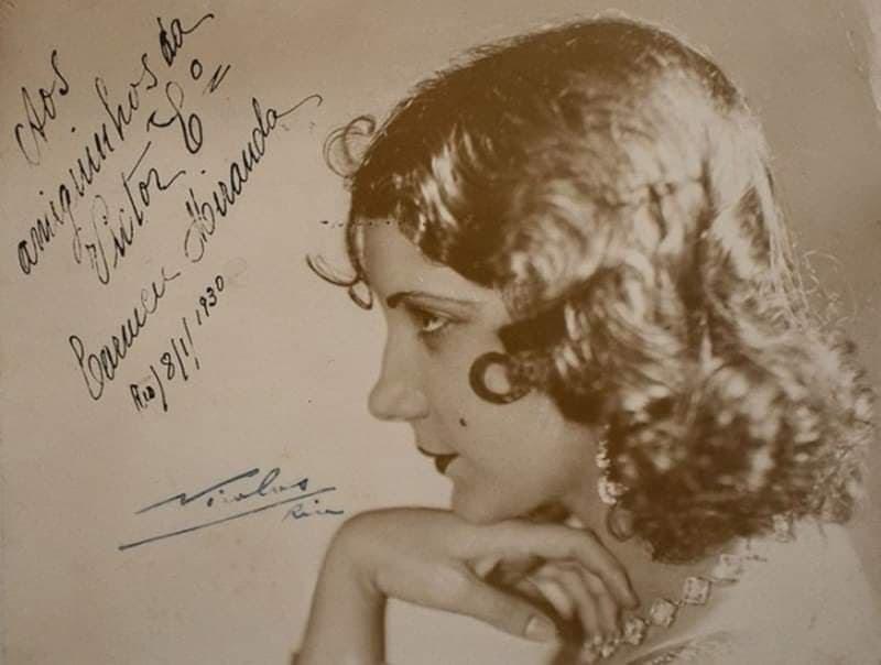 Ficheiro:Carmen Miranda,1930.jpg