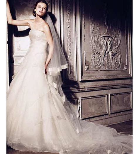 Manuel Mota wedding dresses   Weddings Engagement