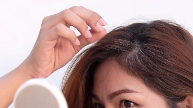 तेजी से बाल हो रहे हैं सफेद, तो आज ही करें ये 3 काम