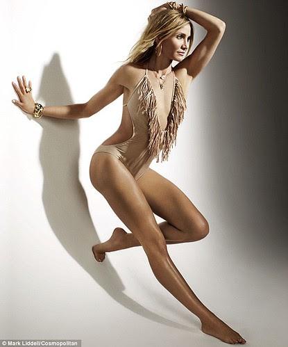 cameron diaz cosmopolitan cover. Cameron Diaz – Cosmopolitan cameron diaz cosmo cover 2011.