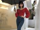Jeans ống loe: Chiếc quần tôn dáng bậc nhất thu này nhưng liệu bạn đã biết cách diện chuẩn?