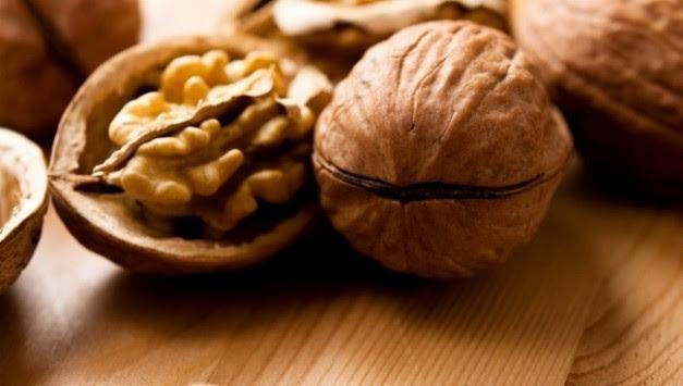 Δεν φαντάζεστε πόσα προσφέρουν τα καρύδια στην υγεία σας - Δείτε τη λίστα