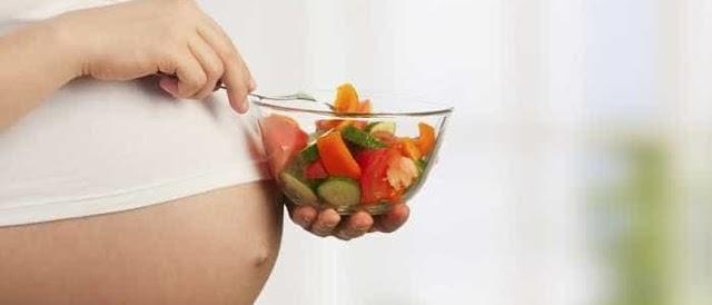 5 dicas de alimentação para melhorar a saúde de mamães e bebês