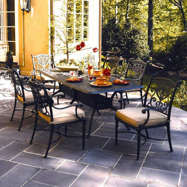 Hanamint Cast Aluminum Tuscany Patio Tables   Family Leisure