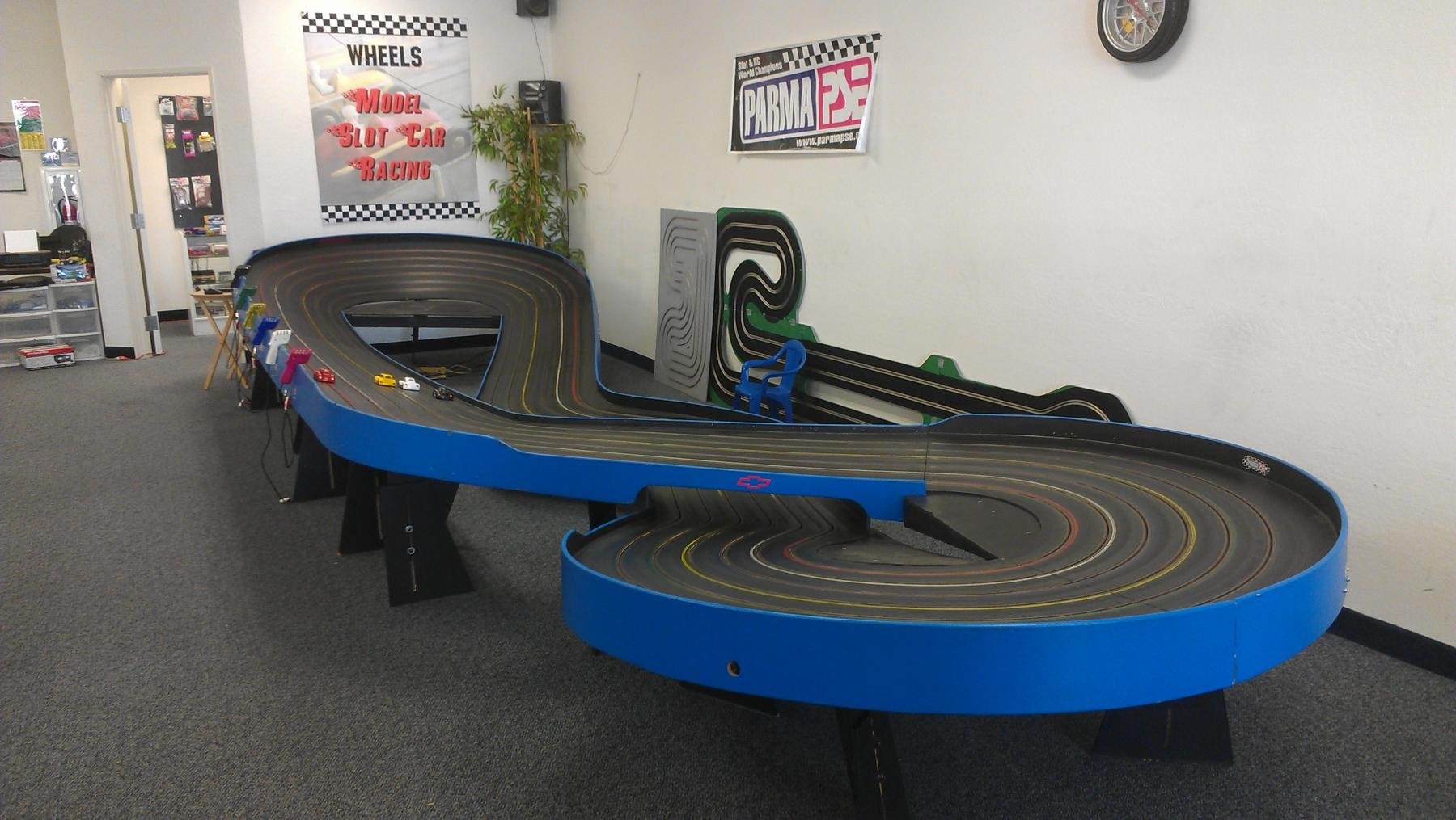 Slot cars tracks for sale