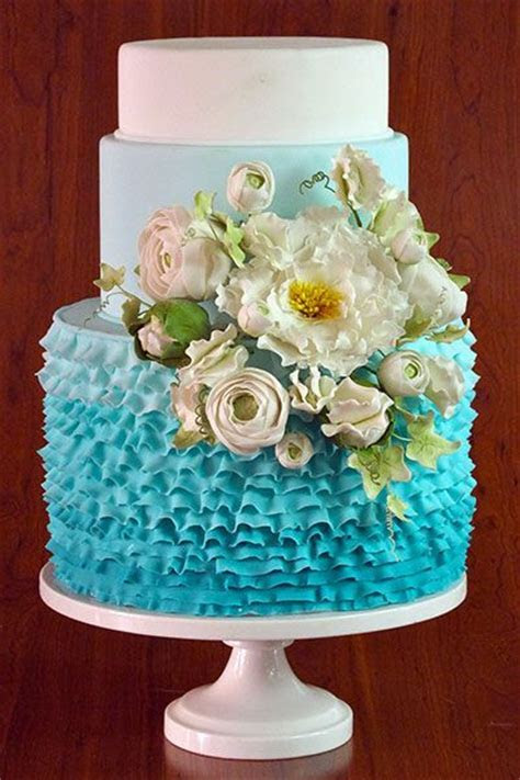 34 Delicate Ombre Wedding Cake Ideas from Pinterest   Deer
