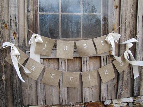 Barn Wedding Decor Ideas   Liane McCombs Wedding & Event