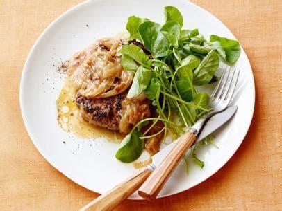 Bubba's Country Fried Steak and Gravy Recipe   Paula Deen