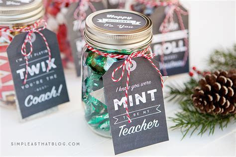 Cute Mason Jar Gift Ideas For The Holidays