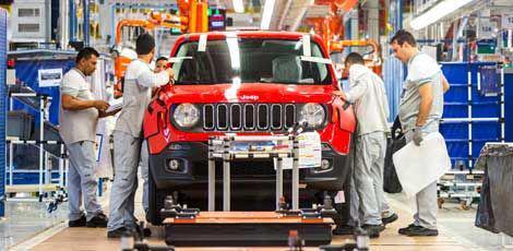 Primeiro Jeep da fábrica de Goiana / Clélio Tomaz/Divulgação