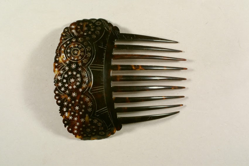 1820-1850 tortoiseshell hair comb, from Historic New England