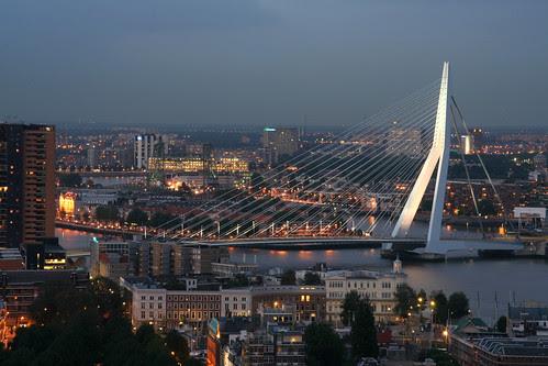 Photo Erasmus Bridge Copyright © Stefan Schlautmann