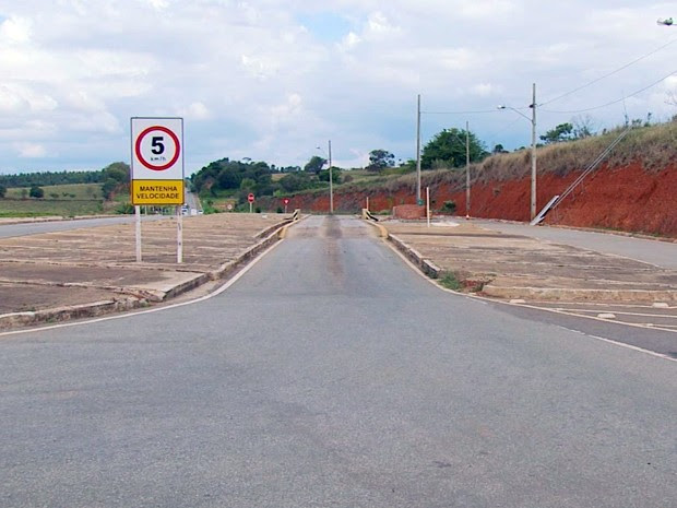 Estruturas de balanças foram retiradas em rodovias do Sul de Minas (Foto: Reprodução EPTV)