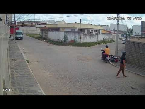 Câmeras registram roubo de moto em Santa Cruz do Capibaribe; Veja o vídeo.