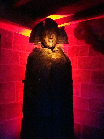Museum of Medieval Torture Instruments: The Iron Maiden