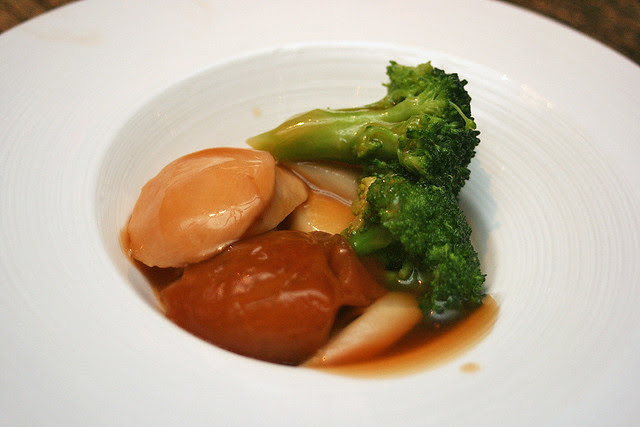 Braised Sliced Abalone with Sea Cucumber, Broccoli and White Asparagus