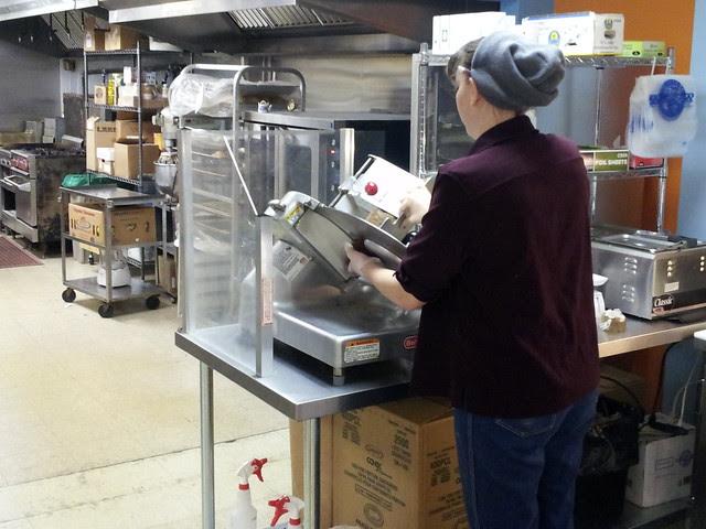 Vegan meat slicer at work