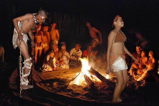 E E59l2oTs6bJY qruzxG0WxBi12cn8hCExxFJ7yqqnTDtOJ9fw1e6HXM1qdfR2a 5m05TSBhl2QteYe2M 7Ro3MYYeuyKqOB7wohSlL5rIjSTWQ25M=s0 d San Bushmen People, The World Most Ancient Race People In Africa