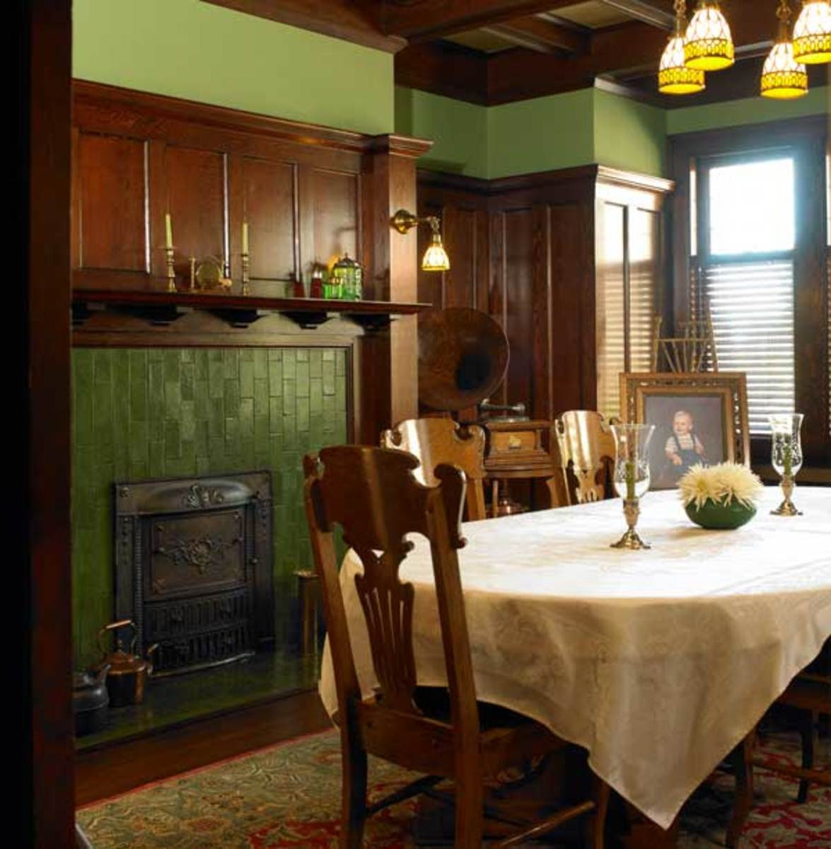 Dining Rooms Green Walls Home Design Inside
