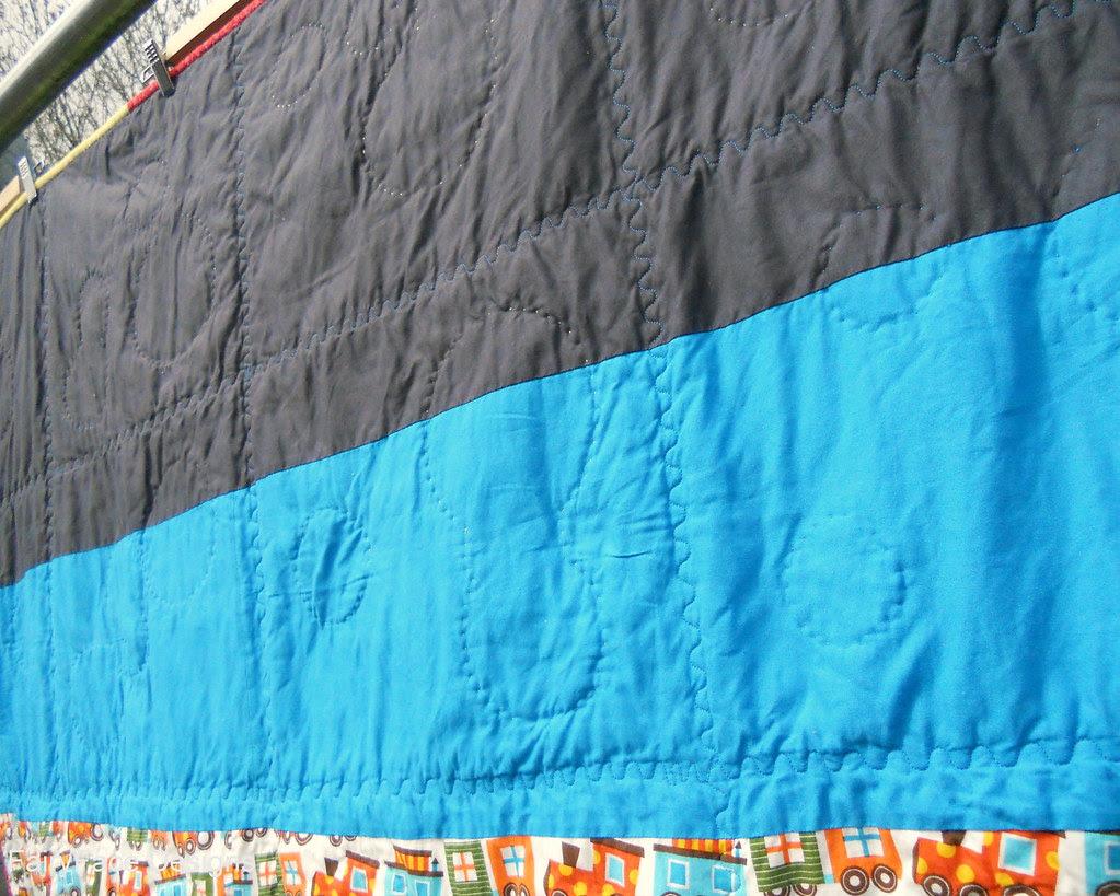 Darraghs quilt back closeup