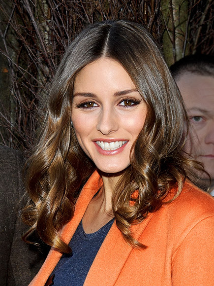 CENTER-PART CURLS photo | Olivia Palermo
