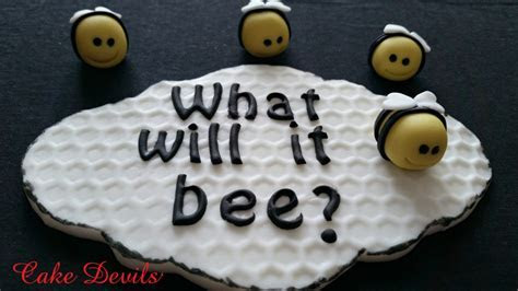 Gender Reveal Cake What will it Bee? Baby Gender Reveal