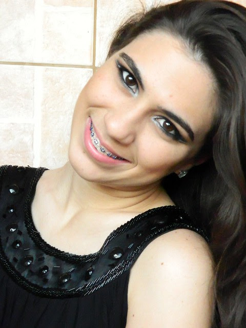 juliana leite foto tutorial make up maquiagem preta com prata batom vermelho ou nude para a noite para festa14
