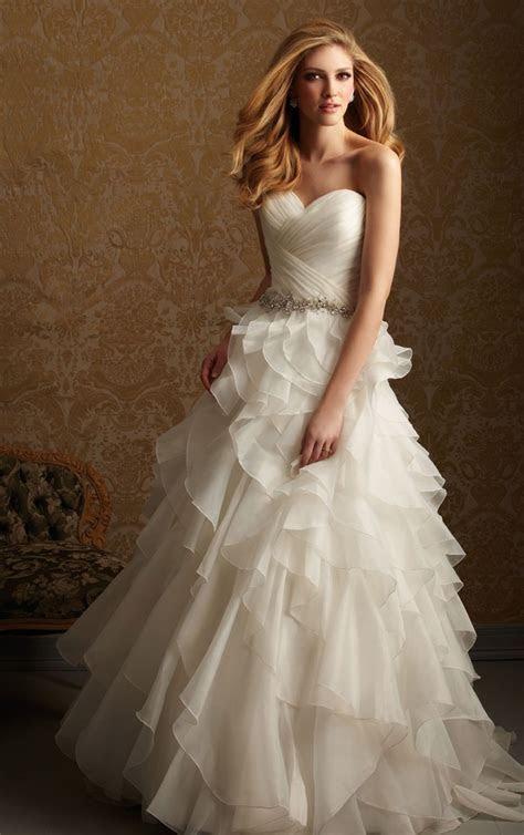 DressyBridal: Princess Wedding Gowns??Start Your Fairy