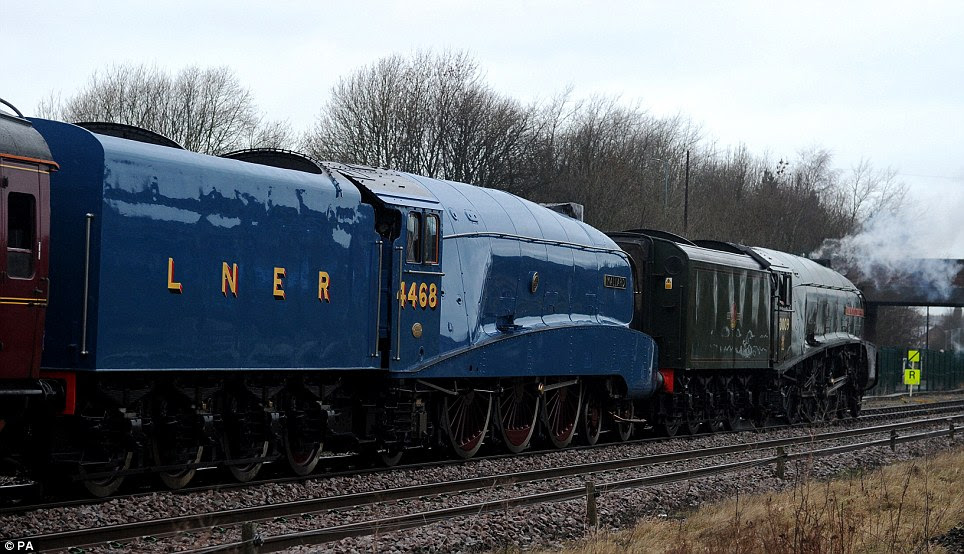 Union of South Africa tows the Mallard to the National Railway Museum in Shilton, Country Durham