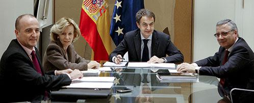 Zapatero también engañó a sus ministros tras el atentado de ETA en la T-4