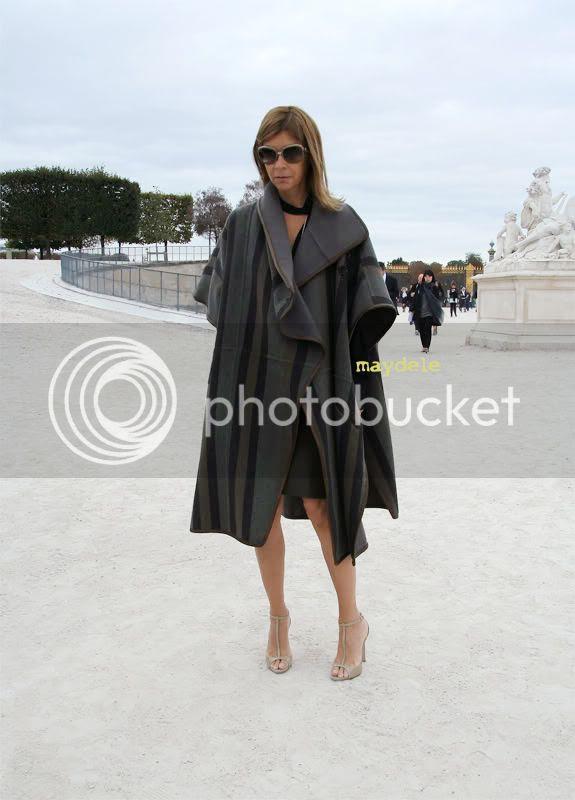 Carine Roitfeld wearing Chloé fall winter 2009 cape coat
