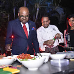 Tourism Minister Calls for Buildout of More Eateries - Government of Jamaica, Jamaica Information Service