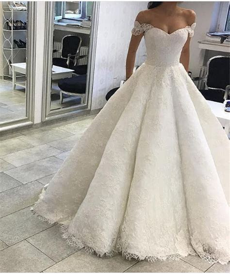 classic ball gown  shoulder sleeves lace wedding dress