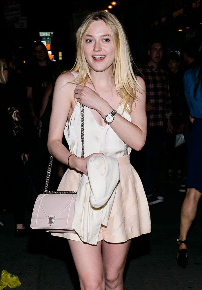 photo Dakota-Fanning-Christian-Dior-Diorama-Bag_zpsz0iu4kas.jpg