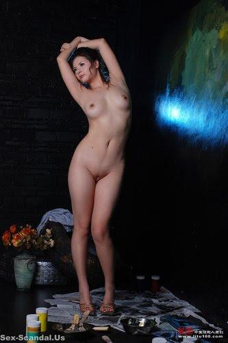 http://img30.imageporter.com/i/01204/0m1tfg7gxvzg_t.jpg
