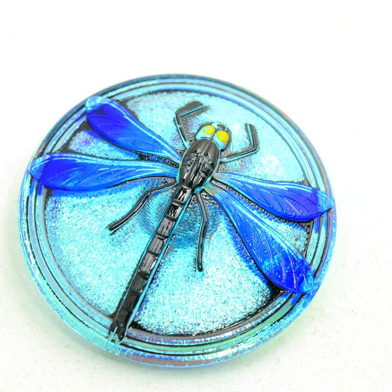 s36796 Button - 40 mm Embossed Dragonfly - Blue Iris (1)