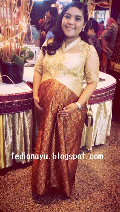 model baju kebaya modern ibu hamil model baju hamil terbaru