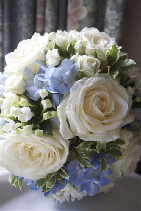 Best 25  Bouquet of roses ideas on Pinterest   Bouquet of
