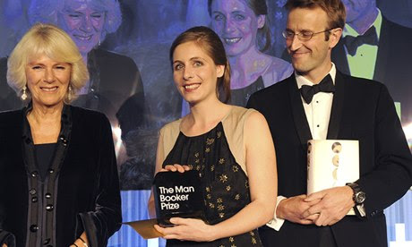 Eleanor Catton receiving the Booker prize