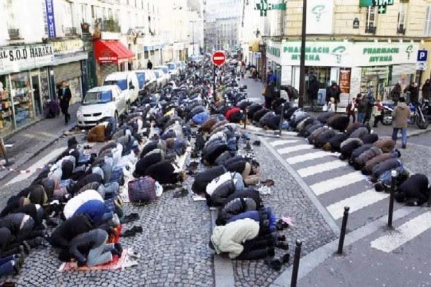 Mass-Prayer-Sweden
