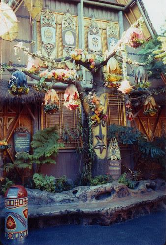 Tiki Room Tangaroa Tree 1963