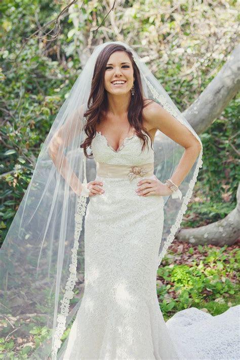 Best 25  Veil hair down ideas on Pinterest   Bridal hair
