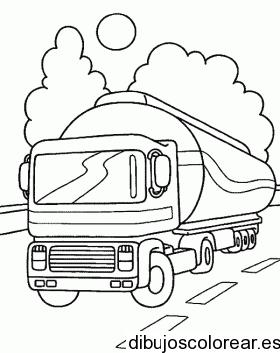Dibujo De Un Camión De Combustible En La Carretera